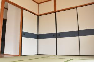 『緑ヶ丘団地  和室(1)襖閉め』の画像
