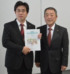 『『2月10日 町男女共同参画プラン策定委員から 答申を受領』の画像』の画像
