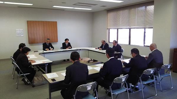 『町長フォトニュース 11月27日 平成29年度 第1回 総合教育会議』の画像