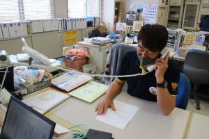 『ラジオ出演の様子(住谷事務局長)』の画像
