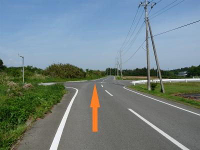 施設:農道交差点