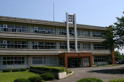 施設:旧小松小学校